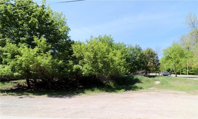 Lots 1-5 CENTRAL Avenue - Grand Forks No Building for sale(2437283) #1